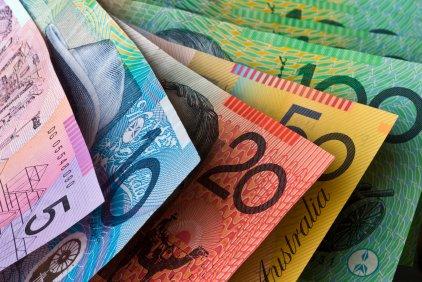 澳元攀升至三年高位,ASX上涨,纳斯达克指数因科技股抛售而下挫
