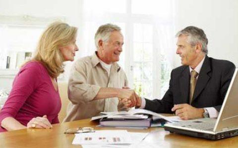 Broker还是Banker?澳洲贷款中介和银行贷款经理有哪些区别?
