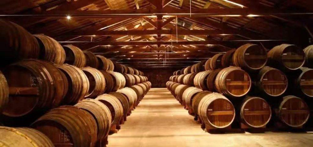 在澳洲投资购买酒庄 - 如何申请商业贷款?