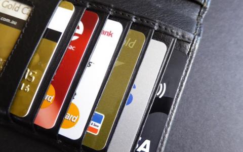 灵活积分(Reward Points) VS 澳航积分(Qantas Points)?澳洲信用卡攻略