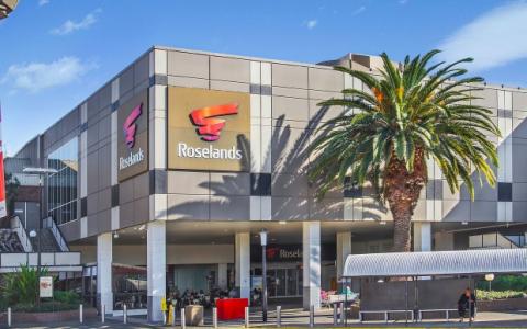 罗塞兰斯传奇商场的股权进入市场