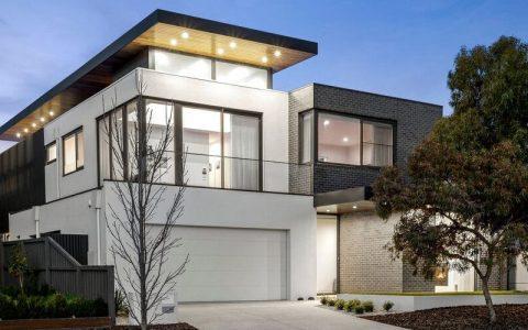 Keilor East的房价记录山谷湖大道的房子创造了新的住宅记录