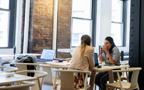 未来的工作场所更像是会所而不是隔间