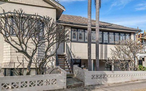 1985年花费3万元的邦迪复式公寓以525万元售出,邦迪一居室吸引了27名竞标者
