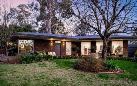 伯恩赛德住宅在拍卖会上的巨额出售标志着南澳的顶级交易