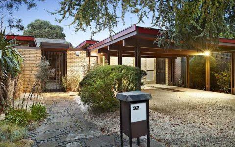欧内斯特-福克斯博士著名建筑师的考菲尔德北区住宅被削减33万元