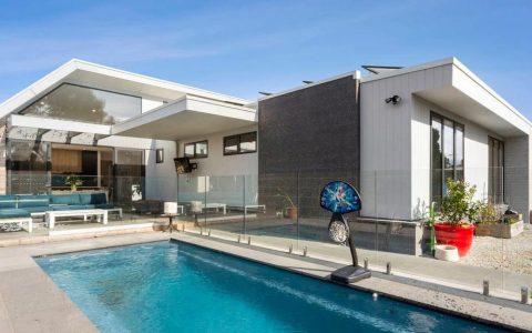 赫恩山的买家支付26万元的溢价,未见其踪影