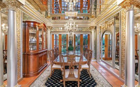 仿照凡尔赛宫的黄金海岸豪宅进入市场