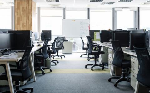 年龄、交通揭示了未来办公室的断层线