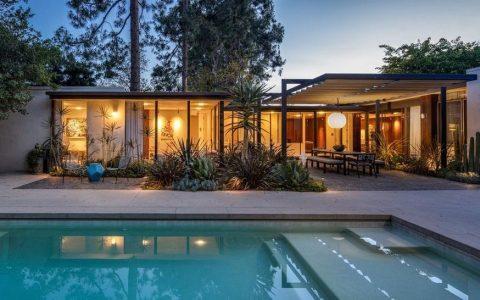 艾伦-德杰尼勒斯为9,450万元的房产投资组合增加1150万元的比佛利山庄豪宅